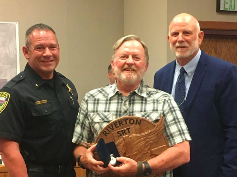Sgt. Komrs moving to DCI, was feted at council meeting