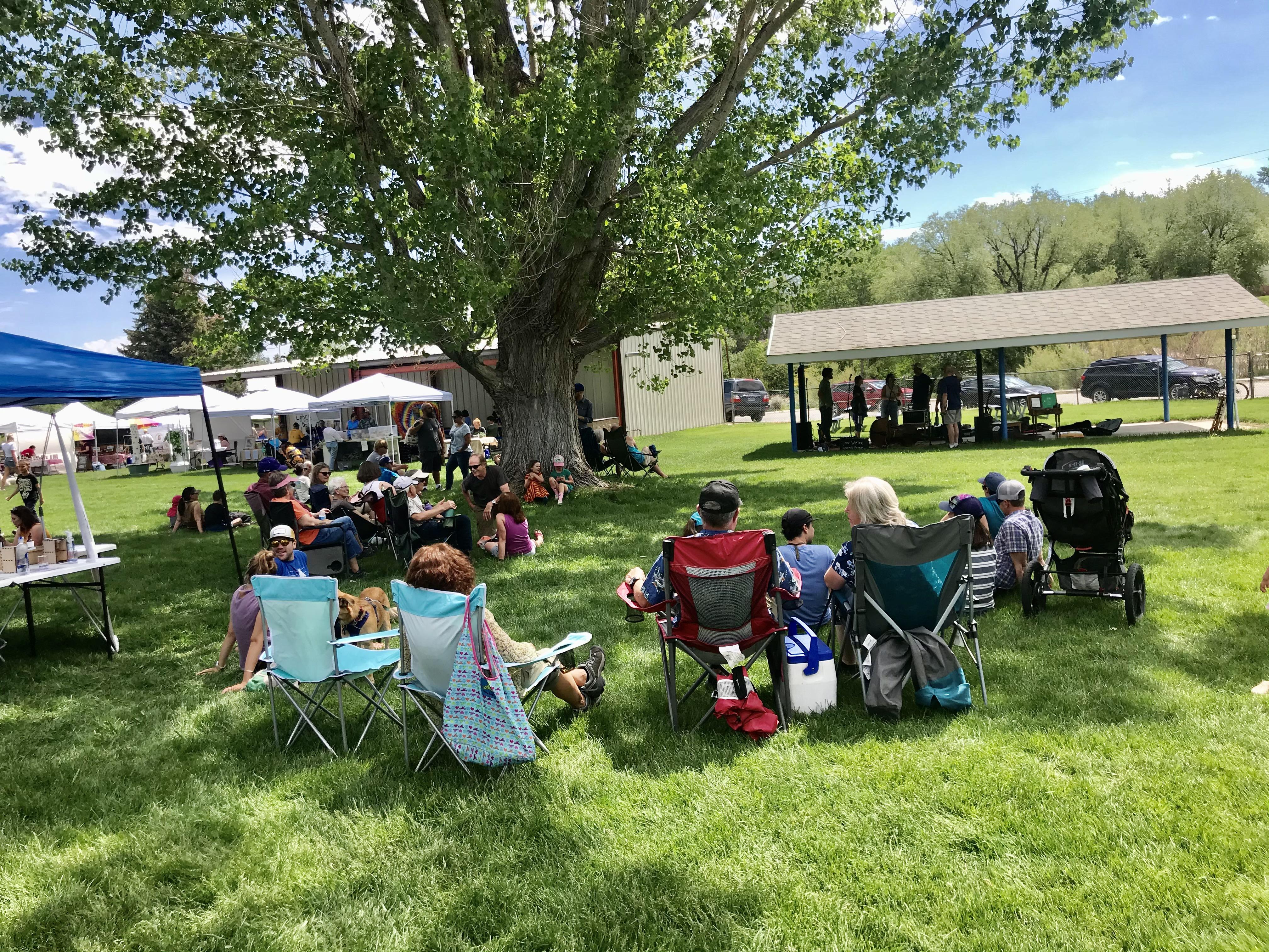 Mini Garden Expo and Farmers Market in Lander drew nice crowd Saturday